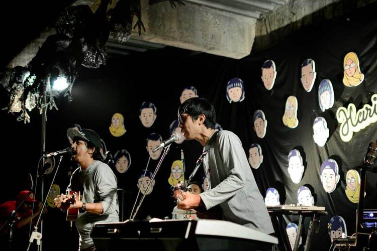 002_hari_bahagia_at_intimate_concert_keberbakatan diy_sangkringart_oktober_2019