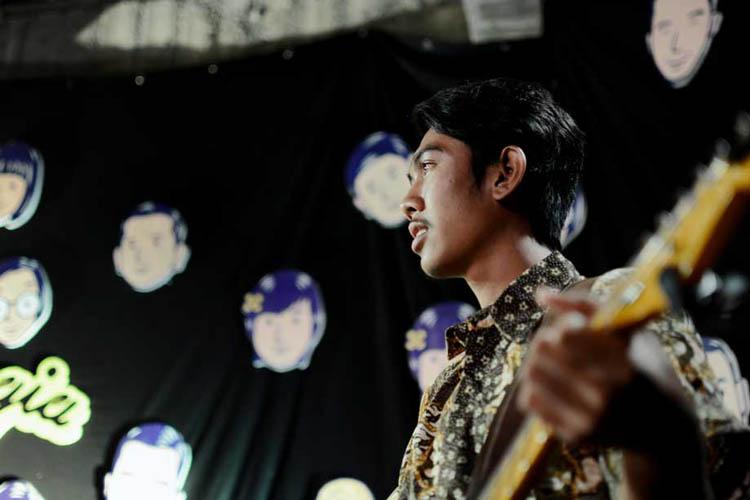 003_hari_bahagia_at_intimate_concert_keberbakatan diy_sangkringart_oktober_2019