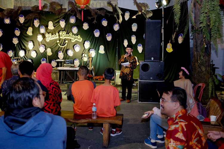 010_hari_bahagia_at_intimate_concert_keberbakatan diy_sangkringart_oktober_2019