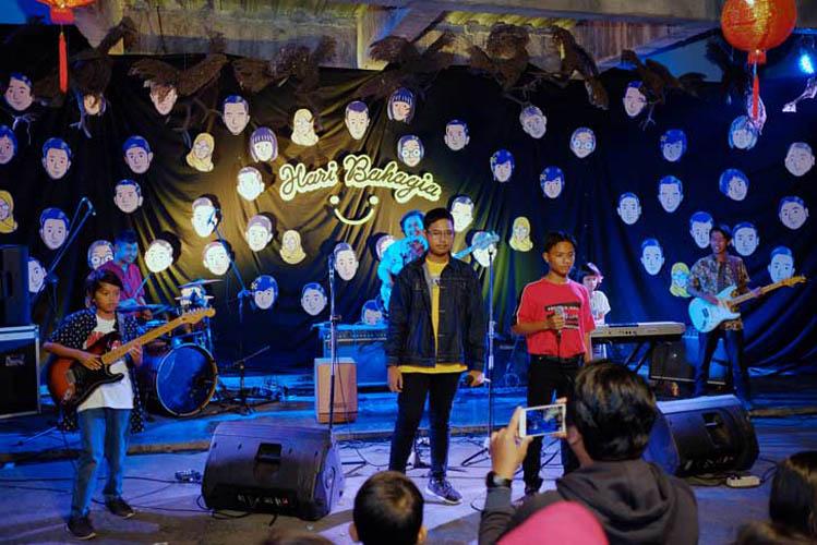 020_hari_bahagia_at_intimate_concert_keberbakatan diy_sangkringart_oktober_2019