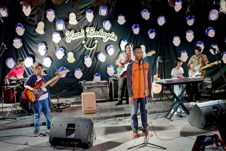 026_hari_bahagia_at_intimate_concert_keberbakatan diy_sangkringart_oktober_2019