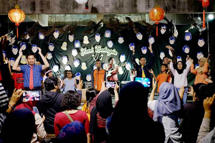 027_hari_bahagia_at_intimate_concert_keberbakatan diy_sangkringart_oktober_2019