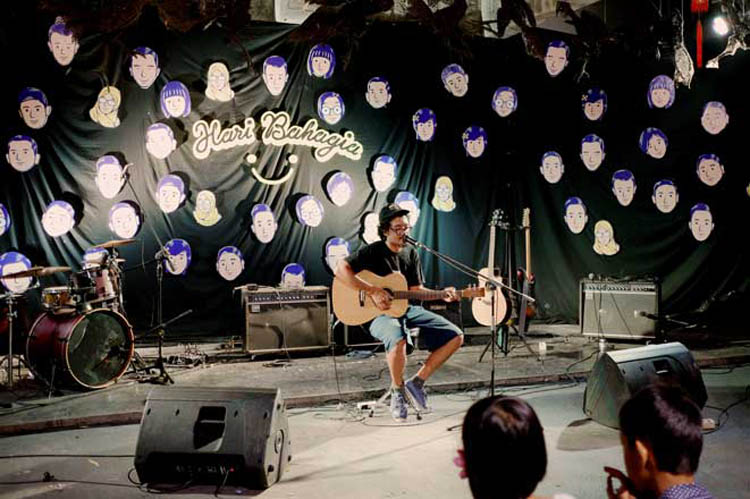 029_hari_bahagia_at_intimate_concert_keberbakatan diy_sangkringart_oktober_2019