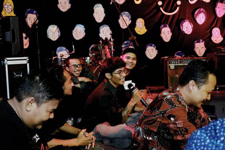 044_hari_bahagia_at_intimate_concert_keberbakatan diy_sangkringart_oktober_2019